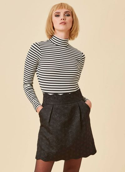 Suzy Scallop Mini Skirt - Black