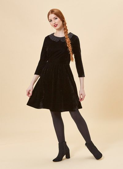 Thursday Crochet Collar Velvet Dress - Black