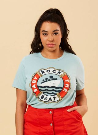 Belafonte Rock The Boat Slogan Tee Model Close-Up