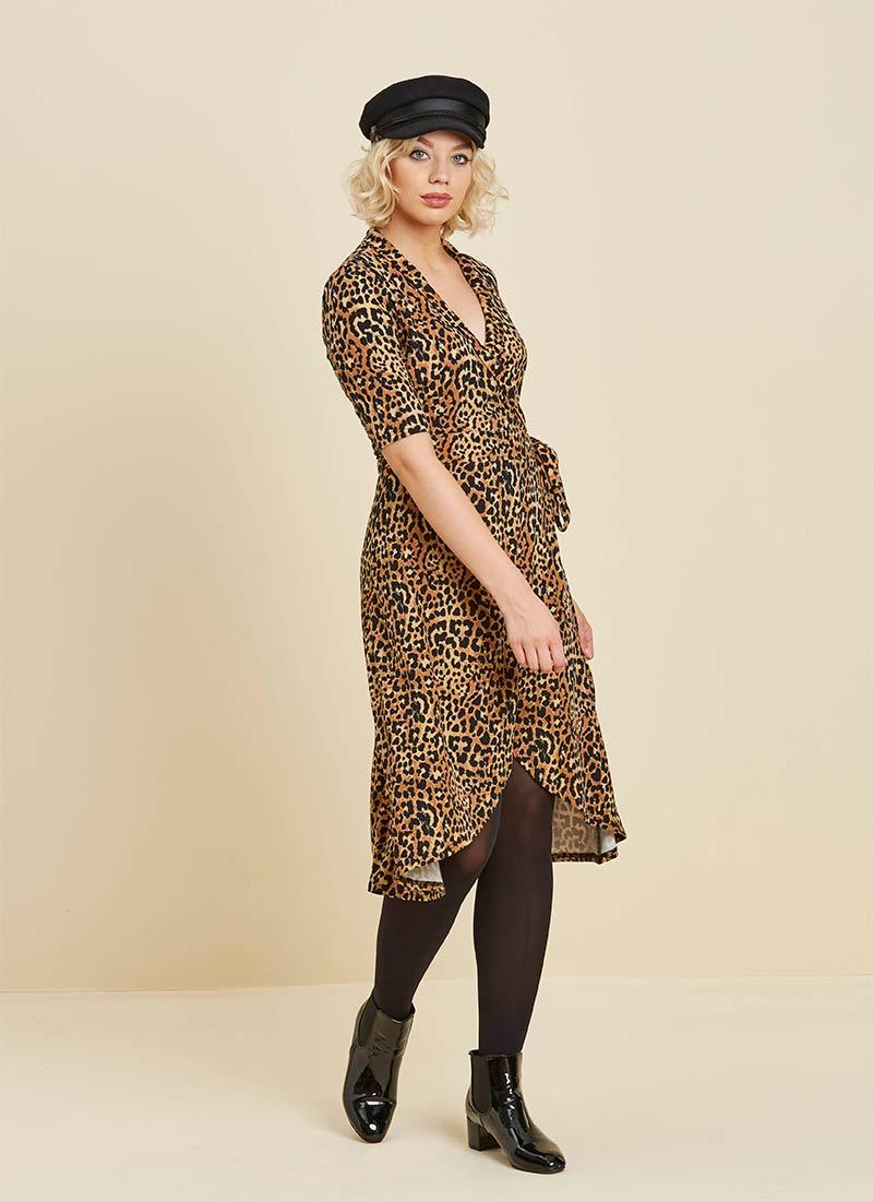 model shot Leopard Lotta