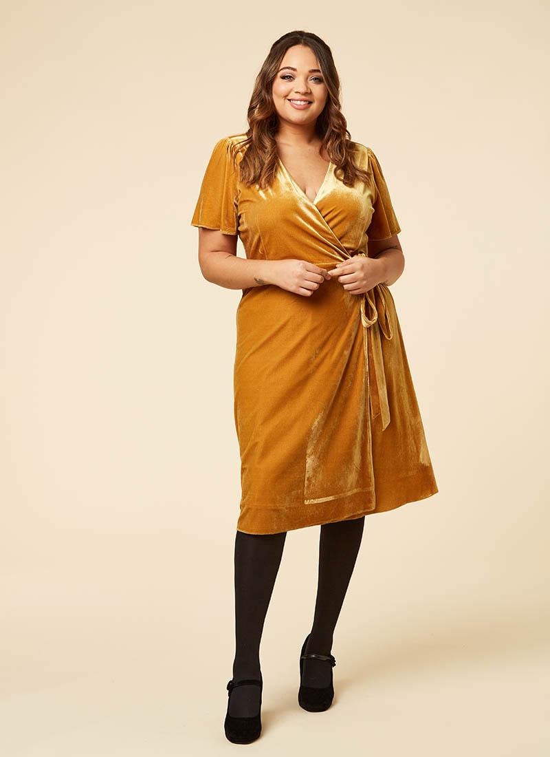 Harley Velvet Wrap Midi Dress Gold Model Tights