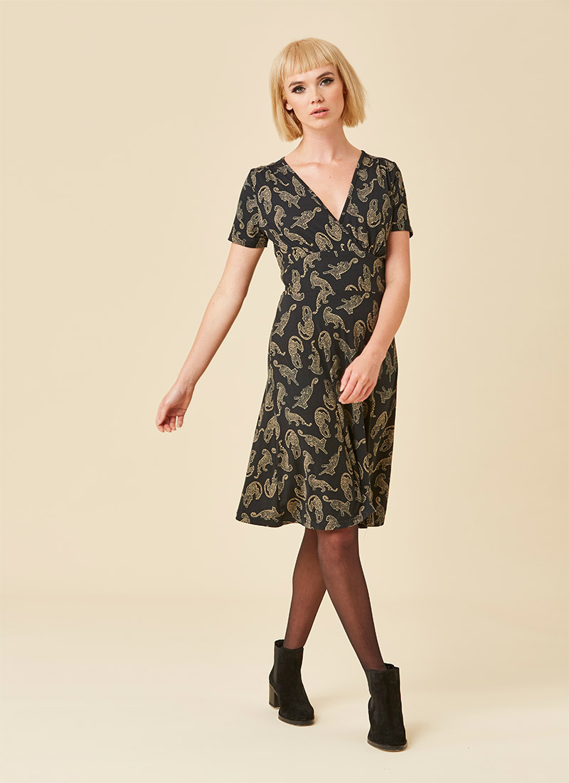 Julia Leopard Design Jersey Dress Model Front
