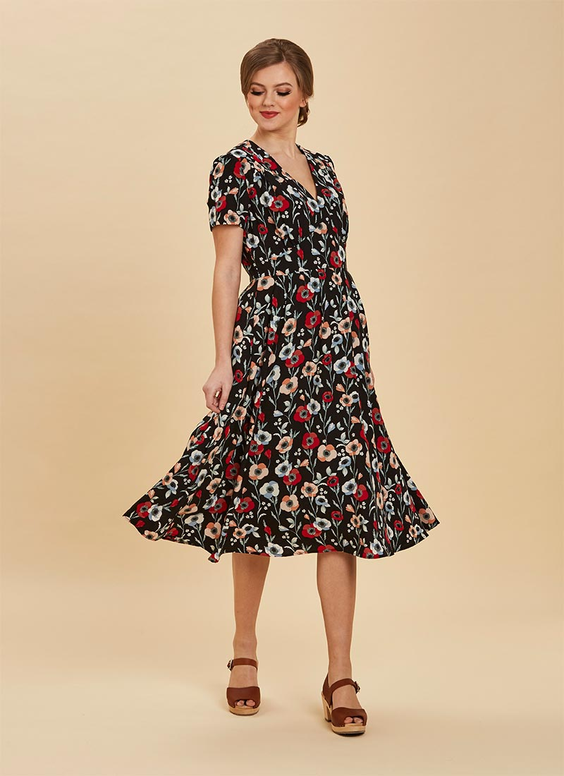 Ozzie Poppy Print Midi Dress Full Front View