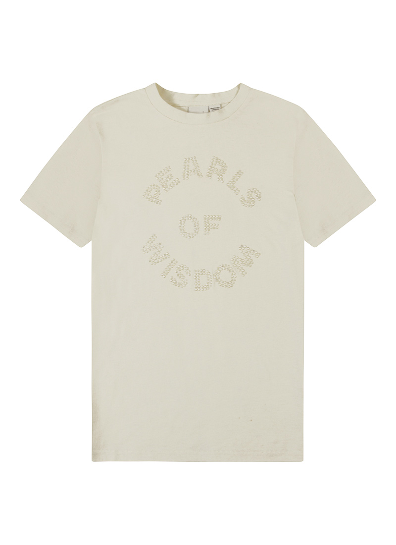 Pauline Pearls of Wisdom Slogan Tee Product Front