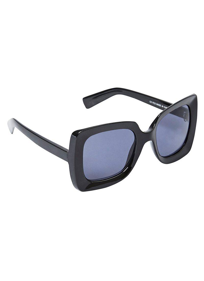 Black Oversized Sunglasses  the onassis vintage style black oversized sunglasses joanie