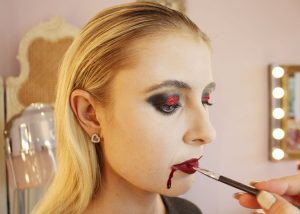 vampire-makeup-tutorial